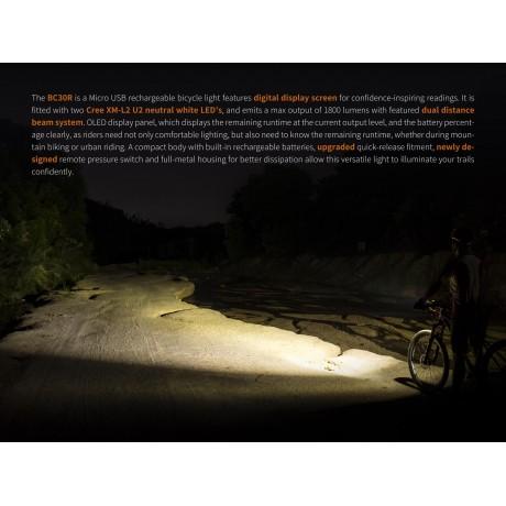 Lanterna cu led pentru bicicleta Fenix BC30R editie 2017